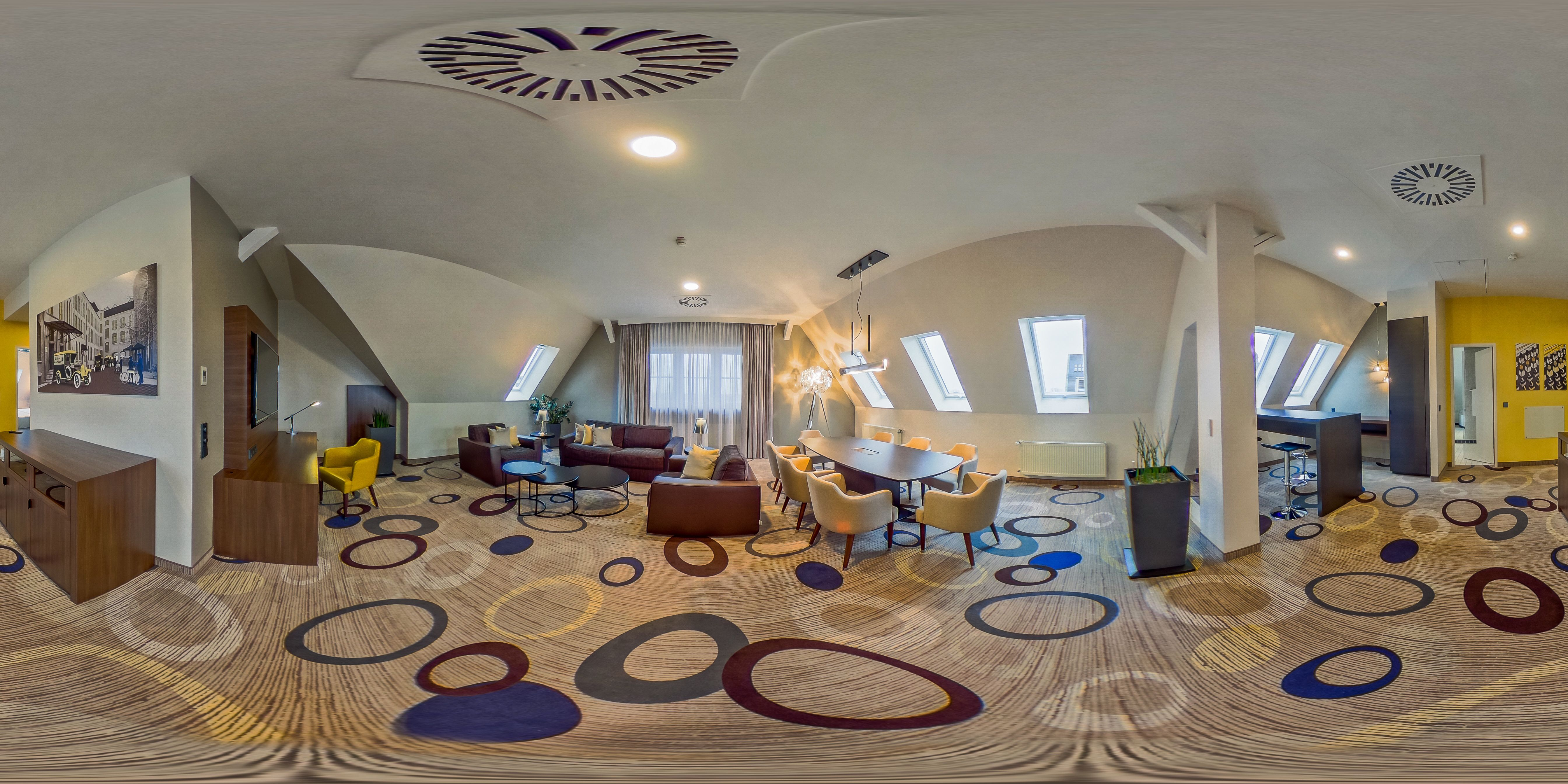 360 Tour Through Sheraton Hanover Pelikan Hotel